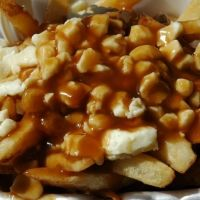 Real Canadian Poutine Recipe. Make gravy. Preferably beef or chicken. Must use cheese curds not shreds