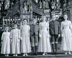 The Von Trapp children.
