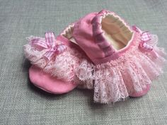 Pink linen baby shoe with soft ruffled lace and by DottyRobin