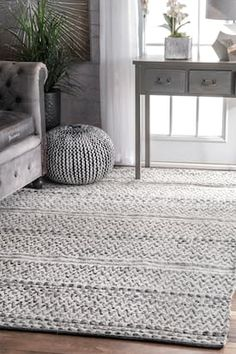 Rugs USA Silver Mentone Reversible Striped Bands Indoor/Outdoor rug - Casuals Rectangle x Rugs In Living Room, Living Room Designs, Living Room Decor, Bedroom Area Rugs, Dining Rooms, Farmhouse Area Rugs, Rustic Farmhouse, Decoration Inspiration, Decor Ideas