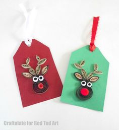 Adorable Quilled Reindeer Pattern for Christmas Cards or DIY Christmas Gift Tags. Quilling is easier than you think and looks so very pretty. So special!