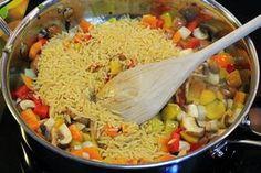 Greek Cooking, Fun Cooking, Cooking Recipes, Vegetable Recipes, Vegetarian Recipes, Chicken Recipes, Healthy Recipes, Greece Food, Greens Recipe