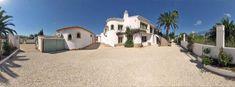 9 bed Villa in Javea - 95712 - Palm View Villa, sleeps 16. 8 shower, games cinema room, 1km Walk to beach.