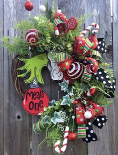 The Grinch Christmas Wreath by WreathsByAshRenee on Etsy https://www.etsy.com/listing/252506271/the-grinch-christmas-wreath