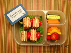 Turkey & Havarti Cheese and Fruit Kebabs Bento #56 « the roxx box