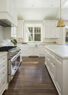 Dutch Colonial Homes, Colonial Kitchen, Kitchen Design Open, Timeless Kitchen, White Interior Design, Home Kitchens, Kitchen Decor, Kitchen Ideas, Willow Creek