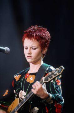 Dolores O'riordan, The Verve, The Clash, Foo Fighters, Black Sabbath, Aerosmith, Pharrell Williams, Paramore, Female Singers