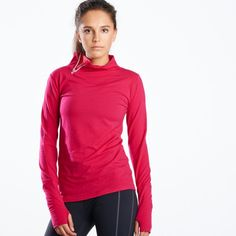 The Wazzie Wool you love, now in a side zip long sleeve. High Merino Wool content (93%) means a complex fabric that absorbs and wicks sweat with the added benefit of being naturally water repellent. Warm and soft, the ultimate winter running layer.