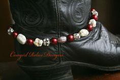 @Natalie Herrick show this to Roberta! just search for boot bracelet...