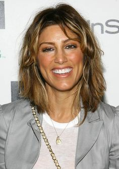 Jennifer Esposito Photos - Actress Jennifer Esposito attends the InStyle Hair Issue launch party hosted by John Frieda Root Awakening at Hotel Gansevoort on May 2009 in New York City. - InStyle Hair Issue Launch Party Hosted by John Frieda Root Awakening Classic Actresses, Hot Actresses, Hollywood Actresses, Beautiful Actresses, Jennifer Esposito Blue Bloods, Prom Makeup Looks, Hair Issues, Celebs, Celebrities