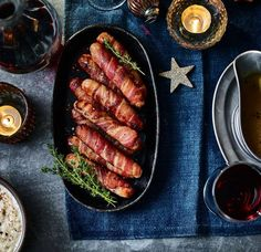 Made with our Extra Special sausages and bacon, these pigs in blankets are next level. Xmas Dinner, Christmas Snacks, Xmas Food, Christmas Dinners, Christmas Wishes, Family Christmas, Christmas 2019, Christmas Recipes, Pigs In A Blanket Recipe Pillsbury