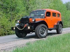 Dodge Power Wagon Carryall.   YESSSS!!!!   Give it a big block hemi and it would be the coolest dodge ever... If you repainted it.