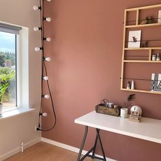 r stadig ret vild med den her Warm blush farve på kontoret 😍👌🏻 Warm Bedroom Colors, Pink Bedroom Walls, Accent Wall Bedroom, Bedroom Color Schemes, Living Room Colors, Living Room Paint, Living Rooms, Pink Accent Walls, Accent Wall Colors
