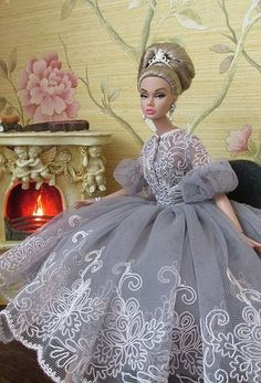 Fashion Doll...Beautiful gown!
