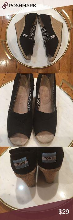 Toms espadrilles heels wedge women shoes black Toms espadrilles heels wedge women shoes black size 9 Toms Shoes Espadrilles