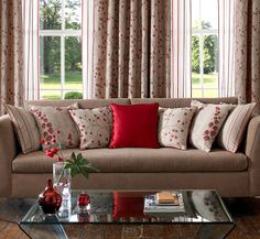 Decorate with style - Odelia Berry