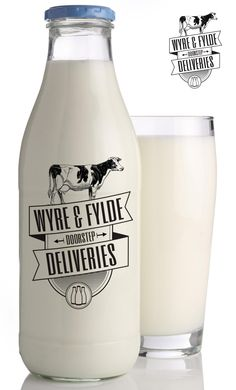 Wyre & Fylde Doorstep Deliveries wanted to update their logo, keeping the same classic feel that their old logo had.