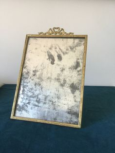 French antique Brass frame, French vintage framed with a bronze knot, frame with a glass de la boutique VintagedeFrance sur Etsy