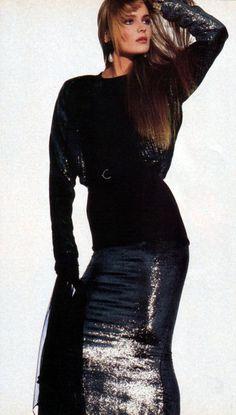 1985 Irving Penn for American Vogue. Dress: Geoffrey Beene; model: Paulina Porizkova.