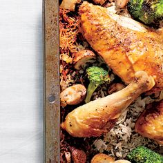 Simple Whole Chicken with Roasted Broccoli-Mushroom Rice - Easy One-Dish Dinners - Southernliving. Each member of the family can enjoy his or her favorite piece of the bird with this recipe. Recipe: Simple Whole Chicken with Roasted Broccoli-Mushroom Rice 5 Ingredient Chicken Recipe, Whole Roasted Chicken, Roast Chicken, Chicken Rice, Stuffed Chicken, Chicken Meals, Chicken Wings, One Dish Dinners, Foil Dinners