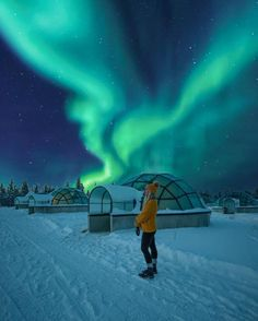 Northern Lights – this beautiful phenomenom makes the world feel magical and ama… – urlaub Places To Travel, Travel Destinations, Places To Visit, Helsinki, Finland Travel, Lapland Finland, Future Travel, Winter Travel, Travel Goals