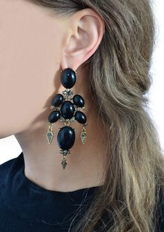 Baroque Statement Earrings in Black 15,90 € #happinessbtq