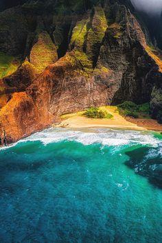 "benrogerswpg: ""Na Pali Coast, Havai Seyahat"" Kauai Hawaii, Hawaii Travel, Oahu, Hawaii Usa, Dream Vacations, Vacation Spots, Places To Travel, Places To See, Travel Destinations"