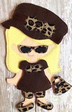 5th Avenue Shopper Felt UnPaper doll set by NettiesNeedlesToo, $10.00