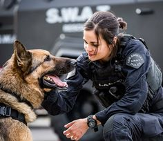no place like flashbacks with my champ K9 Officer, Female Police Officers, Military Girl, Military Police, Lina Esco, Kendall Jenner Body, Swat Police, Support Police, Detective Aesthetic