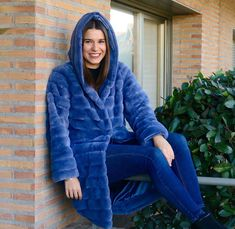 Fur Coat, Jackets, Fashion, Fall Winter, Down Jackets, Moda, Fashion Styles, Fashion Illustrations, Fur Coats