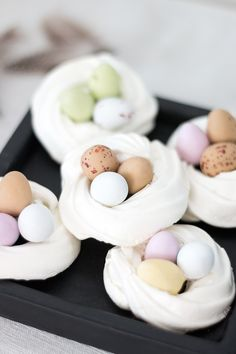 Yellow Crafts, Easter 2020, Easter Projects, Happy Foods, Food Humor, Easter Recipes, Cute Cakes, Baking Recipes, Food And Drink