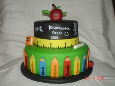 Kindergarten Graduation Cake Photo: This Photo was uploaded by funtasticakes. Find other Kindergarten Graduation Cake pictures and photos or upload your. Graduation Cakes Pictures, Graduation Cupcakes, Graduation Ideas, Pretty Cakes, Cute Cakes, Beautiful Cakes, Crayon Cake, Teacher Cakes, Teacher Gifts