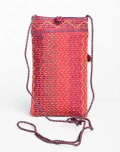 Fabindia is India's largest private platform for products that are made from traditional techniques, skills and hand-based processes. Designer Handbags Online, Silk Brocade, Beautiful Handbags, Drawstring Backpack, Hand Weaving, Women Accessories, Embroidery, Cotton, Stuff To Buy