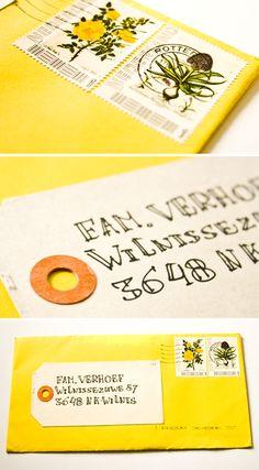 Winner Perfect Wedding Award 2012! // Tags: envelop, envelope, label, adres, adress, postzegel, stamp, invite, wedding, huwelijk, trouwen, bruiloft, bloemen, flower, vintage