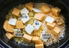 Crock pot mac & cheese. A creamy macaroni and cheese recipe makes any day better!