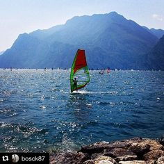 #Repost @bosck87 ・・・ #torbole#windsurf#italy#trentino#instatrentino#italia#paradise#lagodigarda#kik#model#summer#ph…