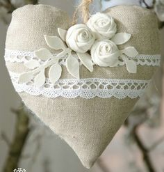 My Funny Valentine, Valentine Heart, Valentine Crafts, Valentines, Hearts And Roses, Felt Hearts, Shabby Chic Fabric, Shabby Chic Decor, Diy Arts And Crafts