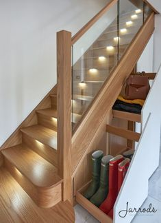 The style of the contemporary house could be enhanced by using stainless steel railing. The design of today's modern look uses a lot of chrome in it. A modern living room area styled with chrome and white furniture will work… Continue Reading → Staircase Contemporary, Traditional Staircase, Modern Stairs, House Staircase, Staircase Design, Staircases, Stairs In Living Room, Living Room Modern, Glass Stairs