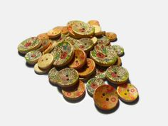 mix wooden buttons Sewing buttons Flower buttons Colorful buttons Round buttons Floral Decorative buttons Craft supplies by Neda Round Button, Button Flowers, Button Crafts, Sewing A Button, Painting Patterns, Craft Supplies, My Etsy Shop, Creativity, Handmade Items