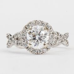 the most perfect ring ive ever seen. DREAM