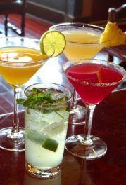 Mieten Sie sich ihren persönlichen Barkeeper: für ein Event mit spritzigen Cocktails & Esprit - miomente