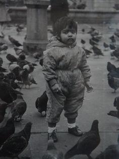 1960's pigeons Trafalgar Square