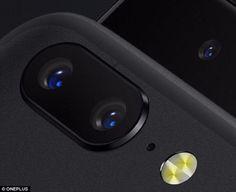 A fost lansat un nou rival pentru iPhone! Telefonul are cea mai buna camera foto