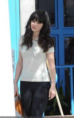 How much like @Criss Fowler does Zooey look here?