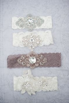 Vintage Inspired Garter: I know this is a garter but I think they would be really cute headbands too...
