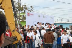 El gobernador del estado de Veracruz, Javier Duarte de Ochoa dio el banderazo de inicio para la realización de obras públicas del programa Ciudad Digna.