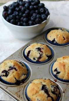 These Quick and Easy One Bowl Blueberry Muffins are a great recipe when you are wanting a fast but easy breakfast that is delicious and full of flavor. # quick and Easy Recipes Quick and Easy One Bowl Blueberry Muffins Delicious Desserts, Dessert Recipes, Yummy Food, Party Desserts, Great Recipes, Favorite Recipes, Easy Recipes, Healthy Recipes, Top Recipes
