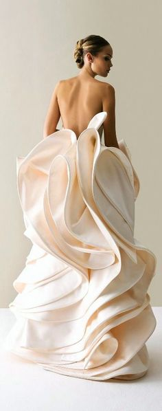 wedding dress #weddings #bridal #elegant