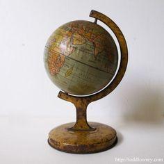 天空から眺める、かつてのシャムとインドシナ/ Antique Tin Glove  英国アンティーク、Tin(ブリキ)の地球儀  #アンティーク,#地球儀,#イギリス,