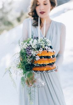 "Styled Shoot Februar 2016 ""Frosted Love"" by Carolina Auer Photography Single Tier Cake, Types Of Wedding Cakes, Samantha Wedding, Winter Birthday, Cool Birthday Cakes, Floral Cake, Pretty Cakes, Tiered Cakes, Wedding Styles"